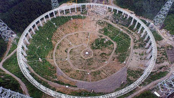 china's-huge-radio-telescope